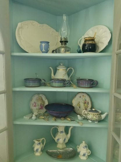 Cabinet in Blue